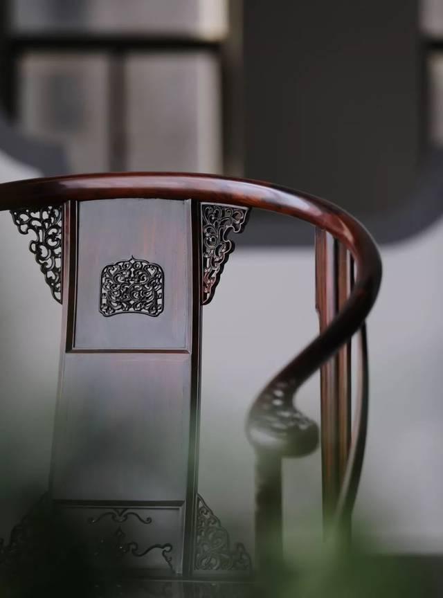 和器·皇宫圈椅cad图纸 椅圈搭脑处的平缓之感,从图纸上看更明显
