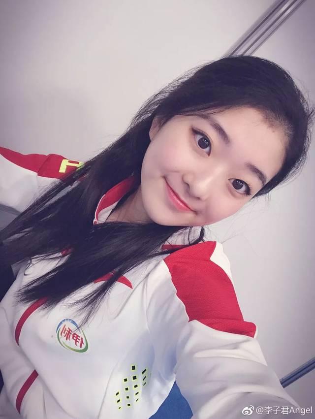 日本幼齿萝莉av_15岁天才少女,甜美系萝莉,出道即巅峰,遭雪藏伤病困扰