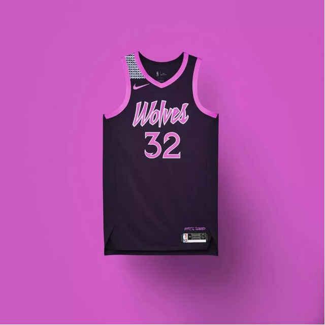 看了这件城市版球衣,你一定会爱上沐着「紫雨」的森林狼图片