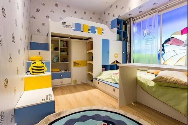 上铺下方可设计书桌,榻榻米床头也可以设计一张书桌.图片