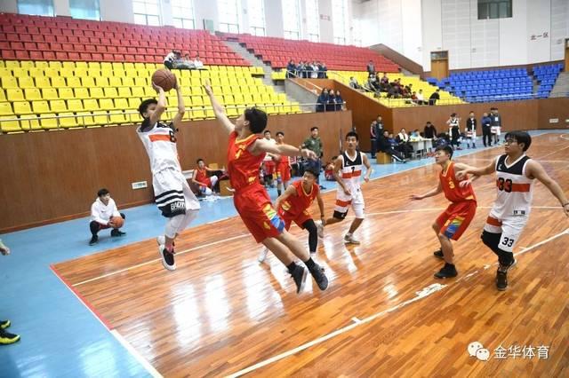 东阳市高中生篮球赛开赛,初中毕业展活力男生干什么赛场拼搏图片