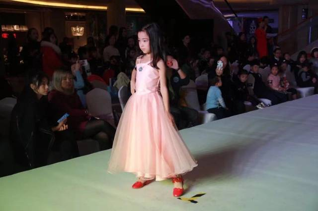 【环渤海家居杯】首届少儿模特大赛暨纽约时装周全球挑战赛天津赛区魅