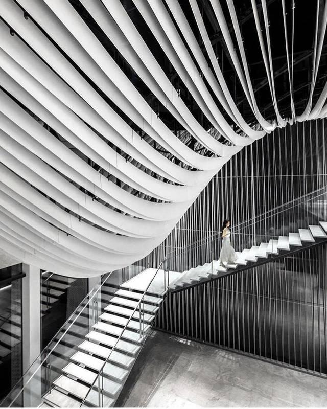 """这个老牌建筑设计,在100的教案里""""翻转""""成都包装设计基础知识空间图片"""