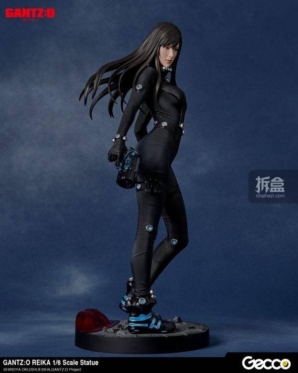 《杀戮都市:o(gantz:o)》中英勇大战外星人的女战士丽香(reika)实体化