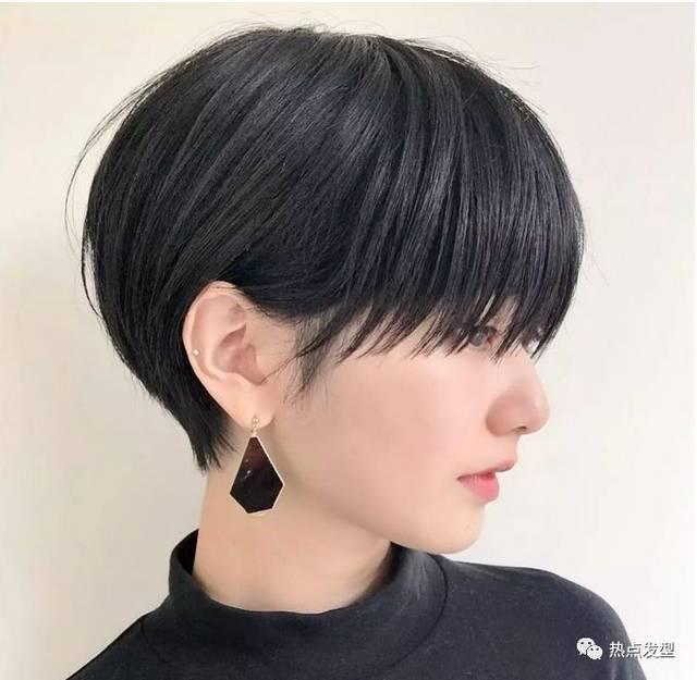 2019年最流行的发型非纹理发型莫属,超短发最是清爽了,纹理设计不但图片