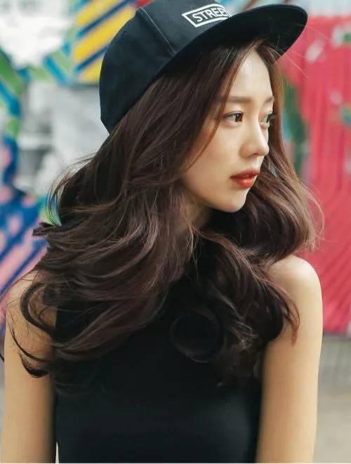 黑茶色与黑色头发对比图片_六图吧www.6tuba.com