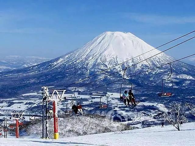 雪景,雪祭,滑雪,溫泉……冬天的日本滿足你對雪各種花式想象