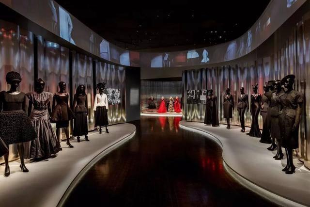 """迪奥70年回顾展美国开幕,设计央视""""大裤衩""""的oma又出手了!图片"""