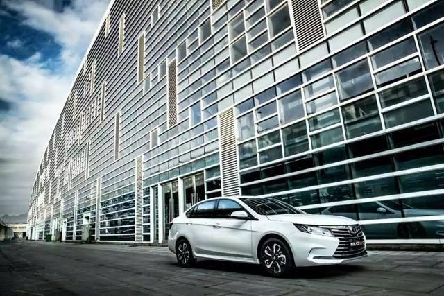 东南A5翼舞首销海外东南汽车全系车型合力角逐海外市场_福彩快乐