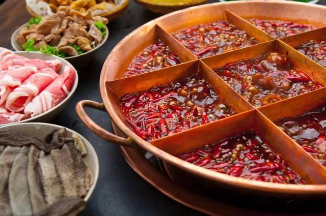 红油九宫格.| 图片来源:图虫创意图片