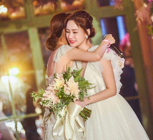 中财华融吴君阿娇注册结婚现场壮观网友懵了结了几次婚?其实还没
