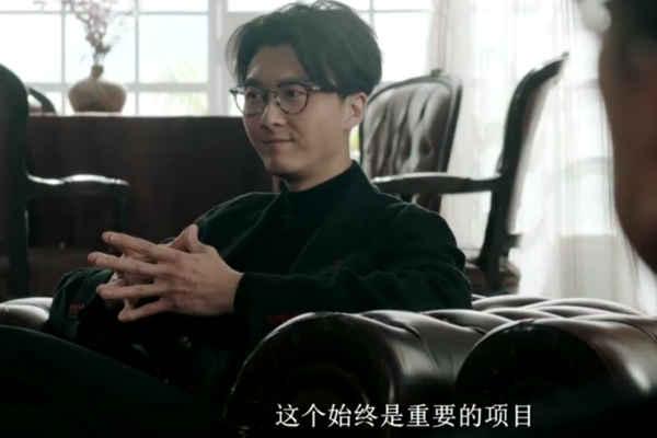兄弟:兄弟三个一个妈,同是兄弟不同咖,杨明王浩信伍允赏金猎人电视剧琴心喜欢谁图片