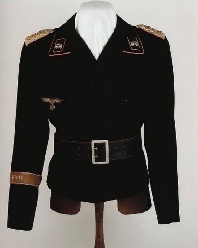 国防军装甲兵上将制服