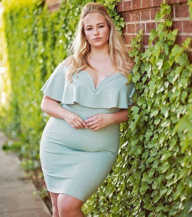160斤时装模特,看看她的时尚装扮,就能体会胖的唯美!
