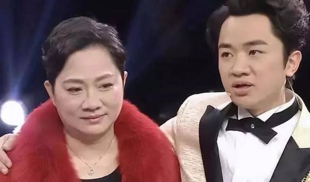 生了!34岁李亚男诞下千金 老公王祖蓝拒晒B女照片