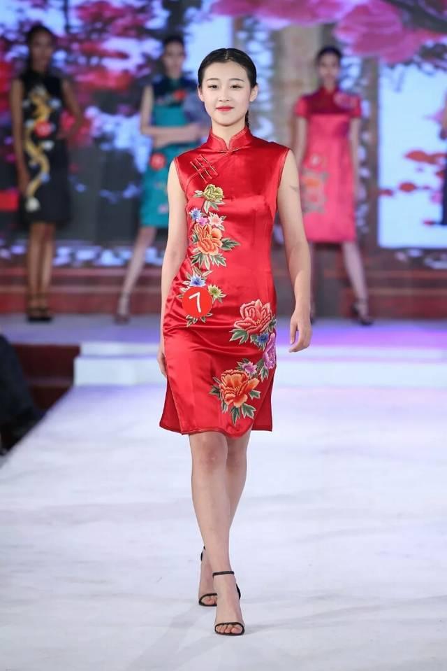 辛迪模特杨盈决战2018环球国际影视模特大赛中国总决赛