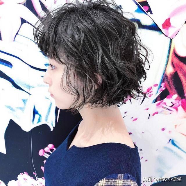 2019流行短发,时尚百搭,轻松显气质,喜欢简约的女生可图片