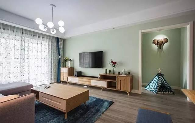 客厅电视背景墙图片,实用的现代简约电视背景墙设计