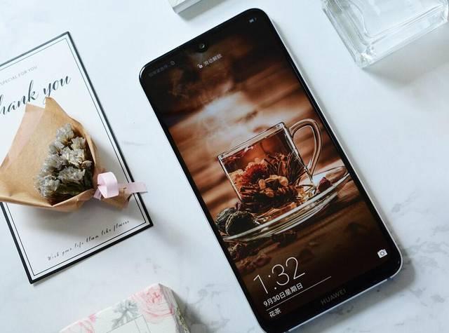 目前手机屏幕最大的是哪款?前三是同一品牌!网友:还真