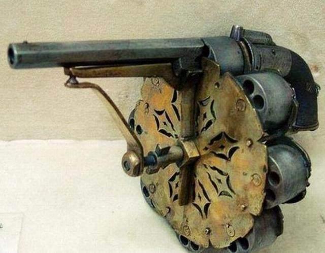 全世界最大的蟒蛇_左轮枪械构造图纸图片_左轮枪械构造图纸图片大全 - 久久图片视频