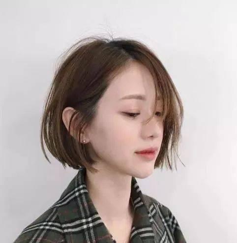 2019最流行短发发型女 2019年最流行的6款短发图片