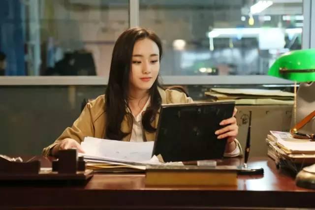 小姨的爱事_电视剧《我的小姨》中,邓郁立饰演了怀揣梦想,心地善良的苏婉.