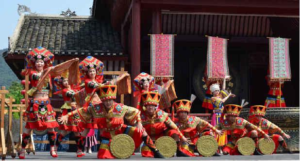 文山壮族山歌_广西壮族人民是怎么过春节的呢?