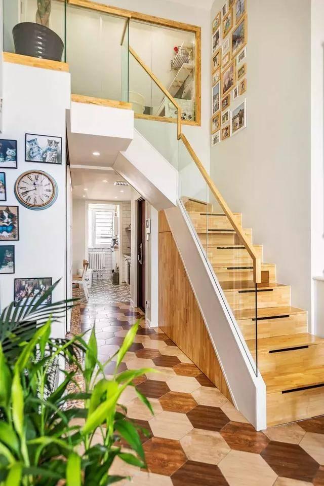 带楼梯80平方米设计图