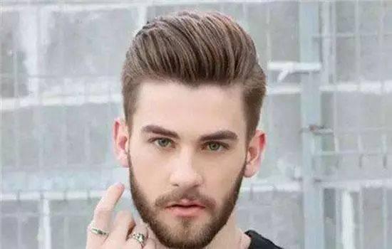 2019男生流行发型图片