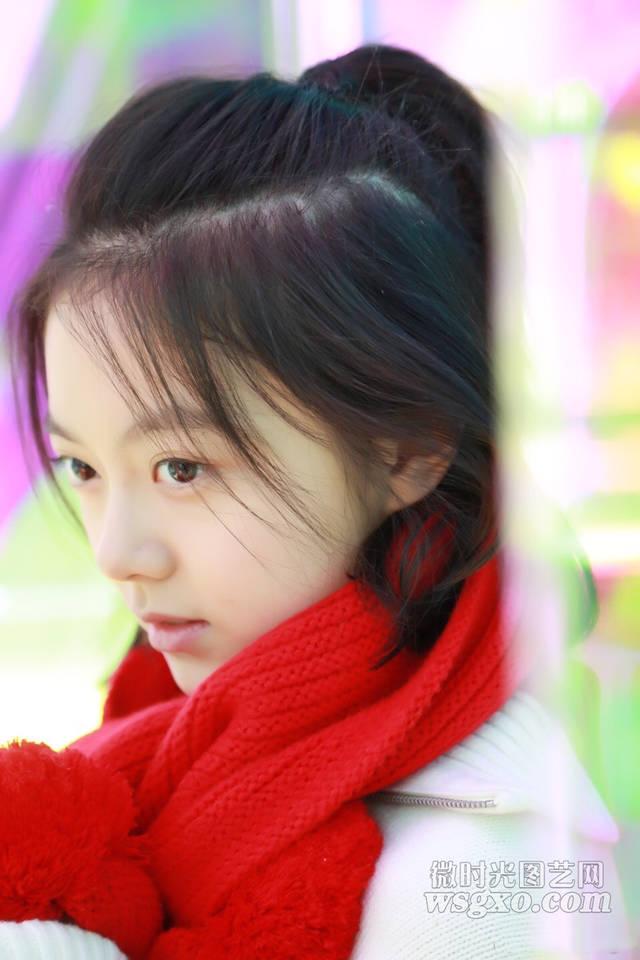 据悉在电影《流浪地球》中饰演韩朵朵的是演员赵今麦,韩朵朵是影片中图片