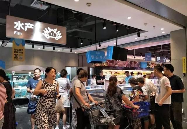 【新春走下层】年三十菜市集海鲜蔬菜鱼类受宠