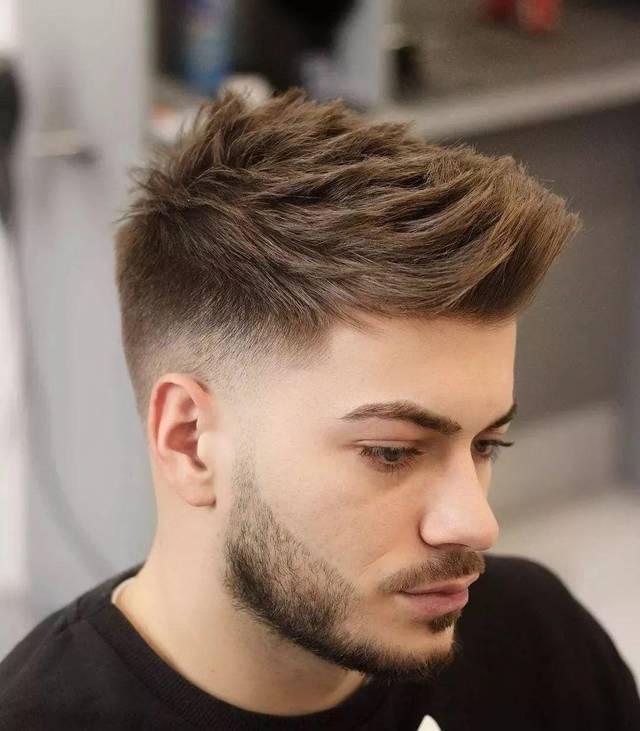 男士2019春季流行发型,让你帅到炸毛了!