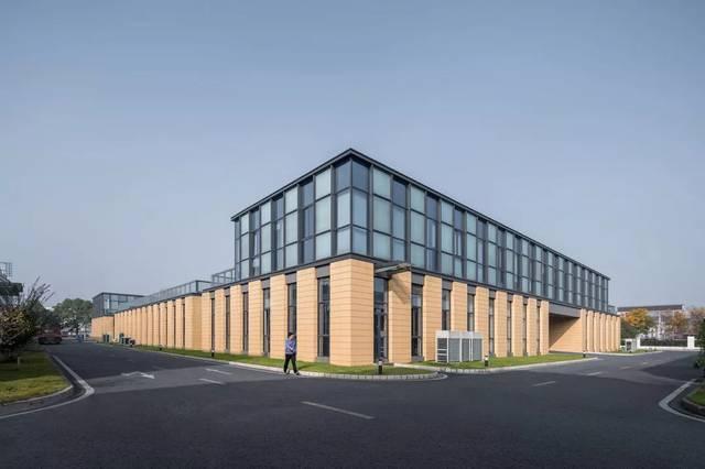 -新苏集团研发中心,无锡/上海米丈审批建筑设计乙级资质是哪里建筑的图片