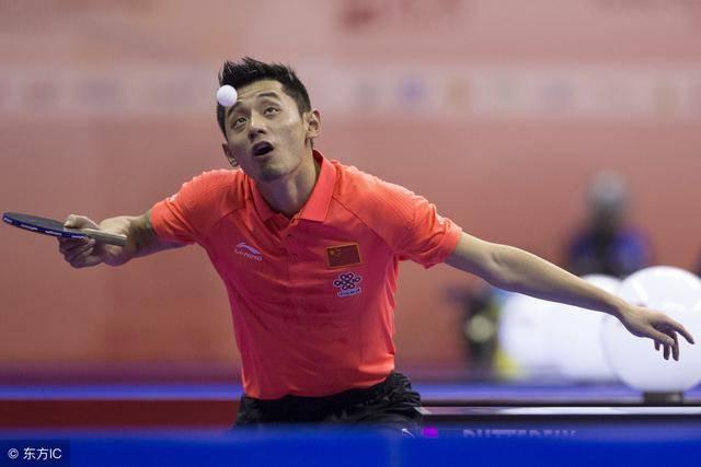 随着乒乓球运动的发展,反手攻球已是运动员缺少不可的游泳头套图片