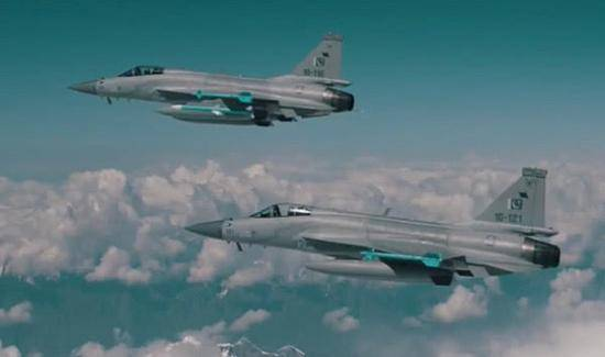 巴基斯坦空军jf-17战斗机
