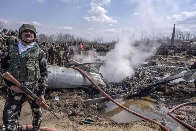 印巴冲突_击落印军机,印巴冲突仍在可控范围内|新京报快评