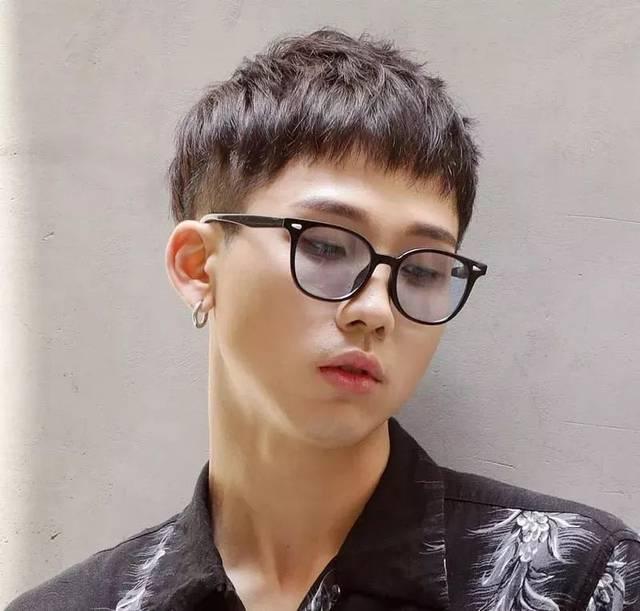 2019流行的男发型