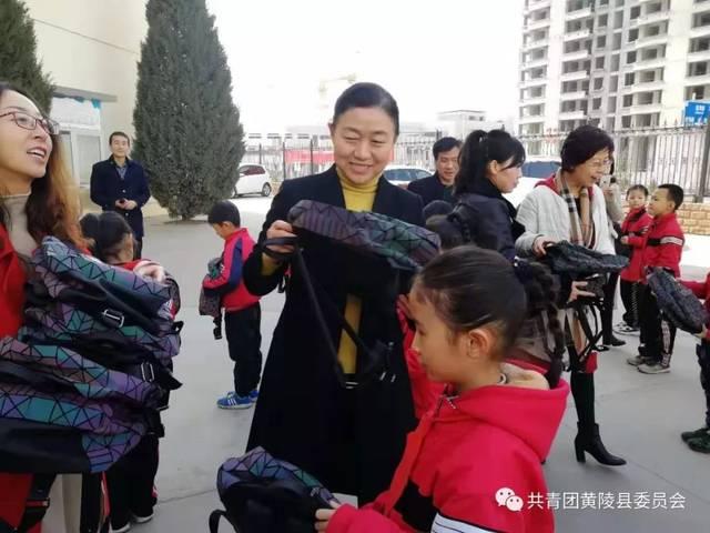 杨小莉广州广辉小学老师_责编:杨小莉 编辑:刘玉娇
