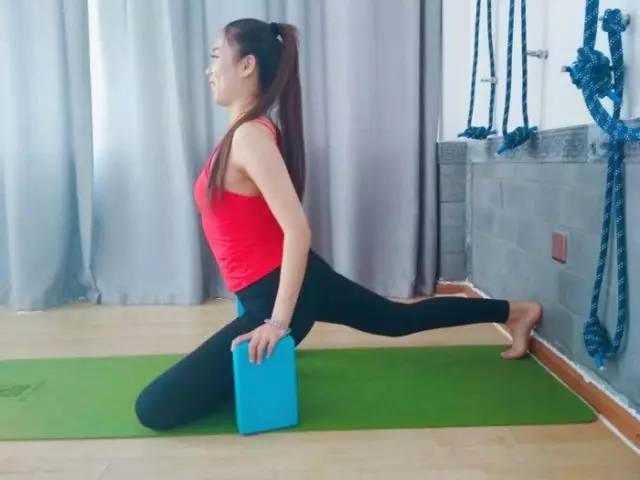 求实瑜伽丨你的束角式,真的练对了吗?图片