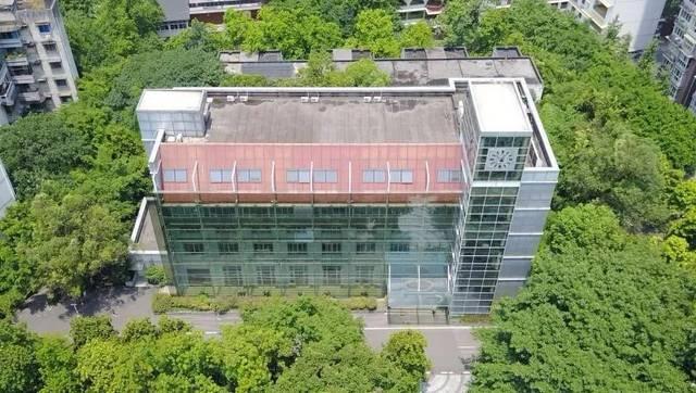 【员单位】重庆大学建筑规划设计v单位有关于论文家具设计2000字绿色图片