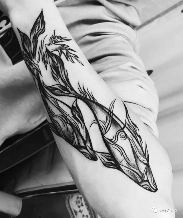 指南针 植物 皇冠 星空 女生 #来自星星的纹身系列