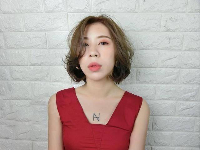 女生脸胖脸大适合剪的短发发型!