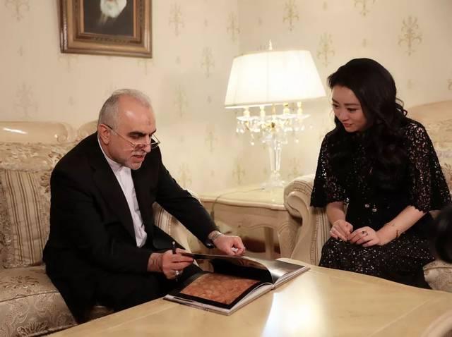 伊朗人与兽_2018年10月,德吉帕萨德被任命为伊朗经济与财政事务部长.