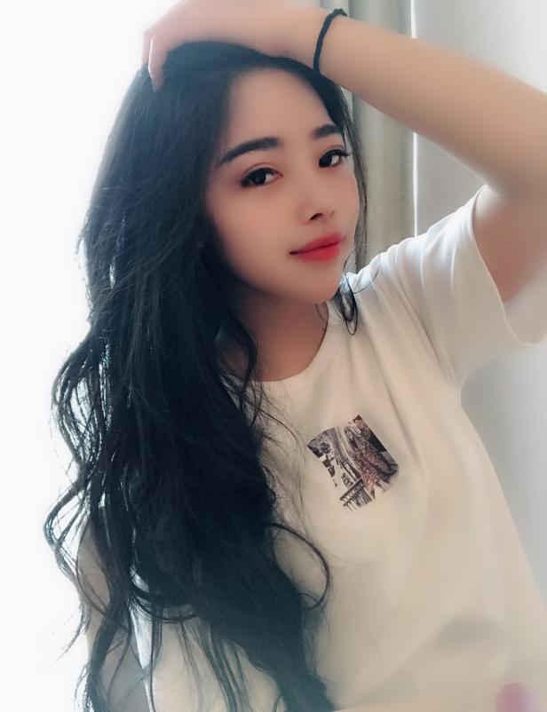 网红模特冯羽馨个人资料