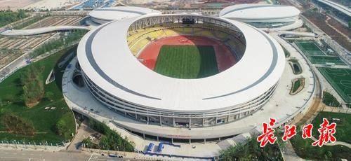 如今,这里修建起武汉军运会规模最大的新建场馆——五环体育中心.