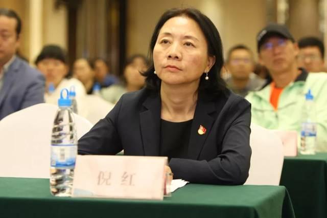 安宁温泉国际网球小镇举办网球产