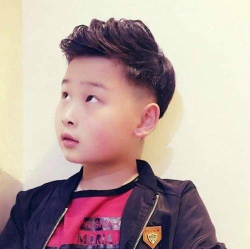 六七八岁男孩发型就是要帅气 男童新潮短发这几款辣妈图片