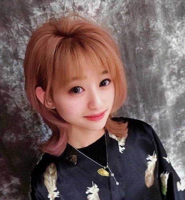 胖圆脸刘海中短发发型