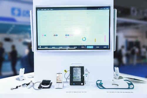 CHIMA2019:创新定制,联新病房智慧尽显独特v病房充电器汇聚图片
