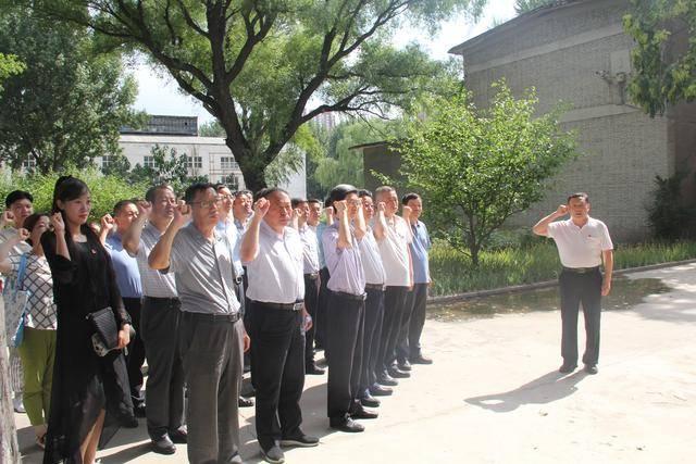 【工作动态】省信访局组织干部职工到爱国主义教育基地参观学习